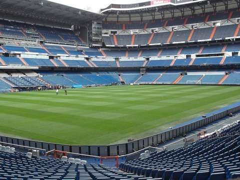 Panoramic Tour of Madrid and Tour Santiago Bernabéu