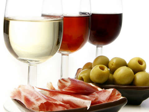 Wine & Tapas in the Center of Valencia With Sommelier Guide