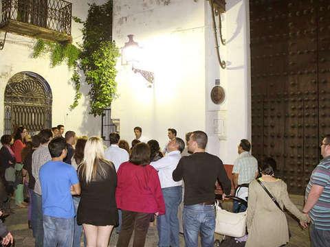 Sevilla y Sus Misterios / Encantos