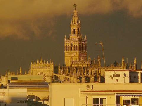 Seville Paranormal Tour