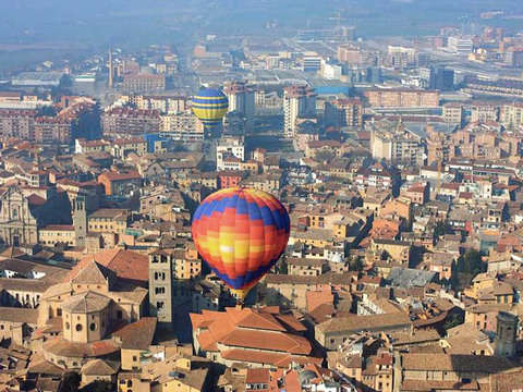 Balloon ride through Barcelona