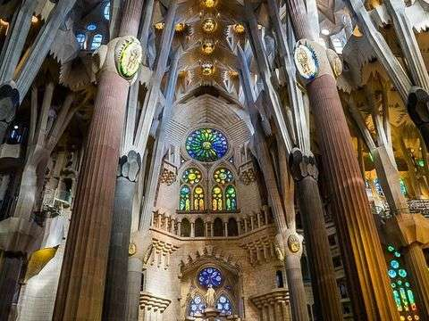 Sagrada Familia: Guided Tour in the Afternoon