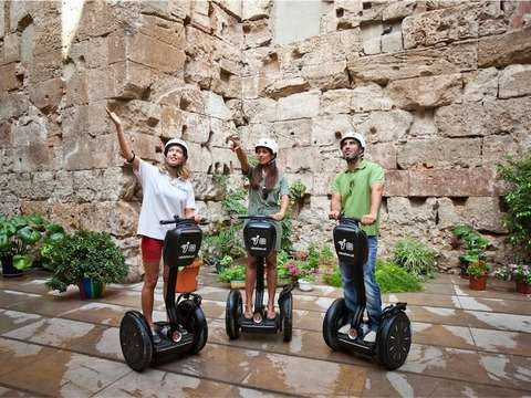 90 Minute Segway Tour of Barcelona