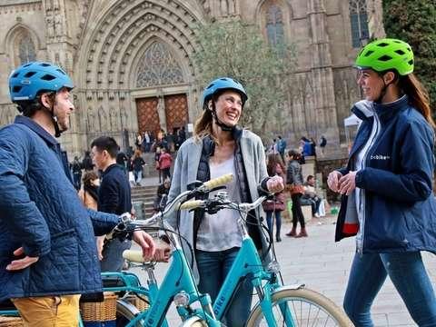 Tour en E-Bike por el Barrio de Sarrià en Barcelona - 3h30