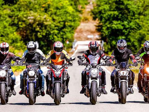 Descubre Barcelona en Motocicleta