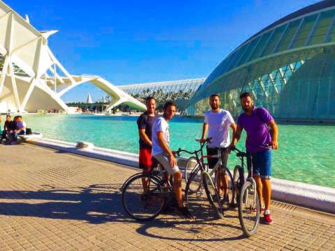 Valencia en Bicicleta + Bebida Tipica