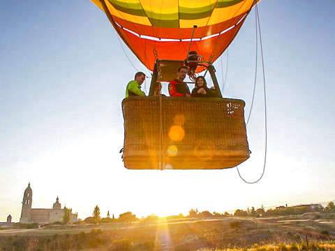 Balloon Flight + Cava + Picnic + Video Report