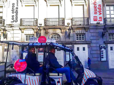 Madrid: Cool Tour en Buggy (1h30 hasta 5 Personas)