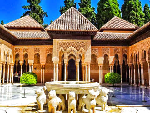 Granada: Guided Tour of the Alhambra and Generalife (Without Tails)