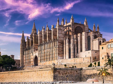 Audioguide Experience: Historical Tour of the Kingdom of Mallorca