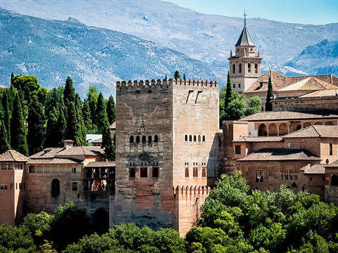 Guided Tour of the Alhambra and Generalife