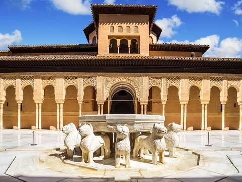 Guided Tour - Alhambra de Granada (Sin Quelas)