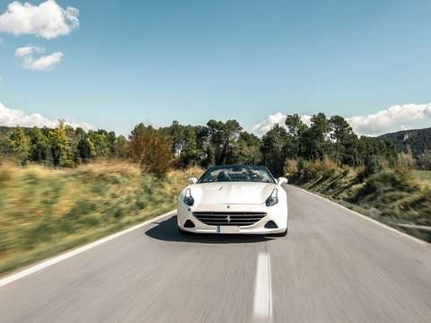 Tour through the Penedès: Drive a Ferrari