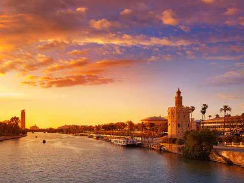 Free Tour of the Monumental Seville