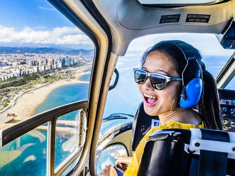 360º Barcelona Skywalk: Ruta a Pie, Helicóptero y Barco.