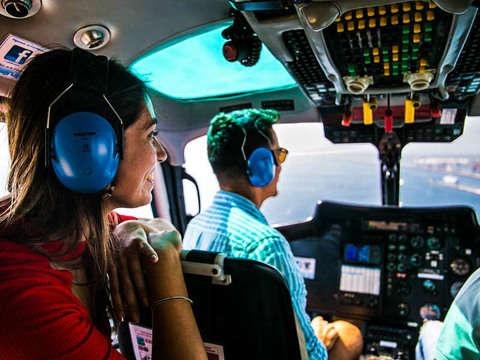 Barcelona Crucero en Lancha Rápida y Vuelo en Helicóptero