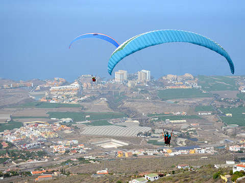 Paragliding flight in Tenerife