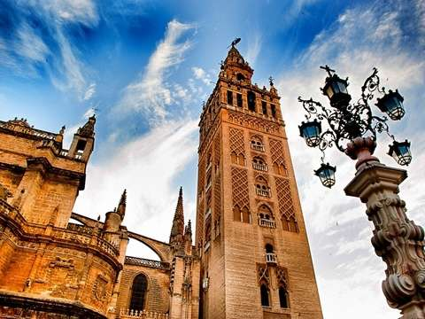 Monumental Seville - Guided Tour to the Cathedral and the Alcazar